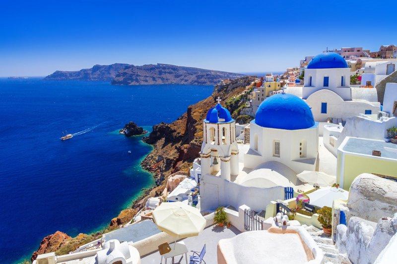 Santorini - najromantickejší ostrov Grécka