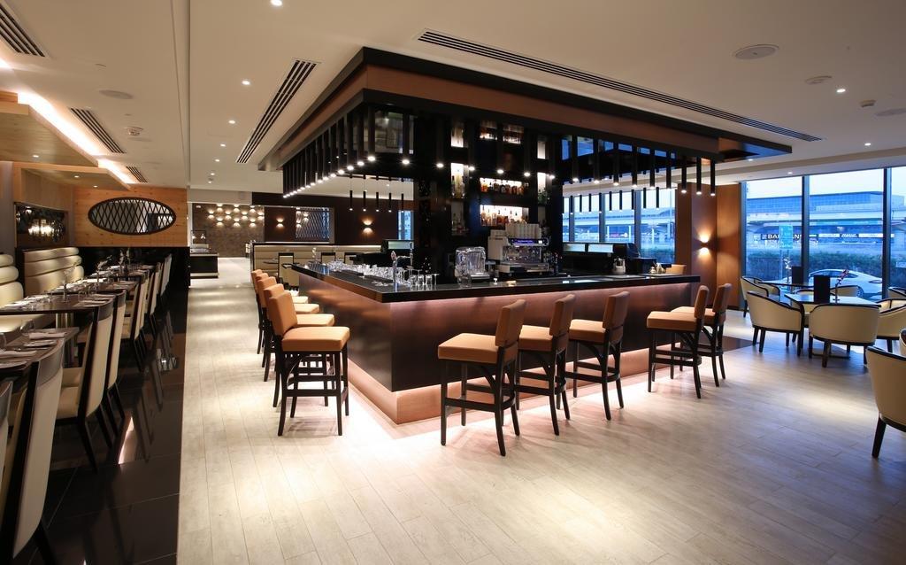 Metropolitan Hotel - 9