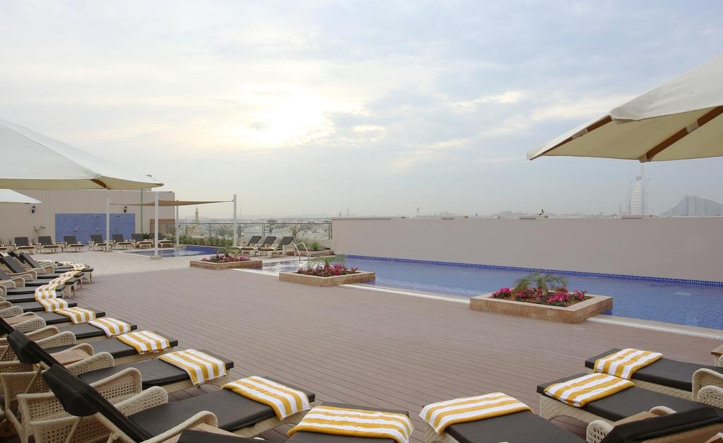 Metropolitan Hotel - 10