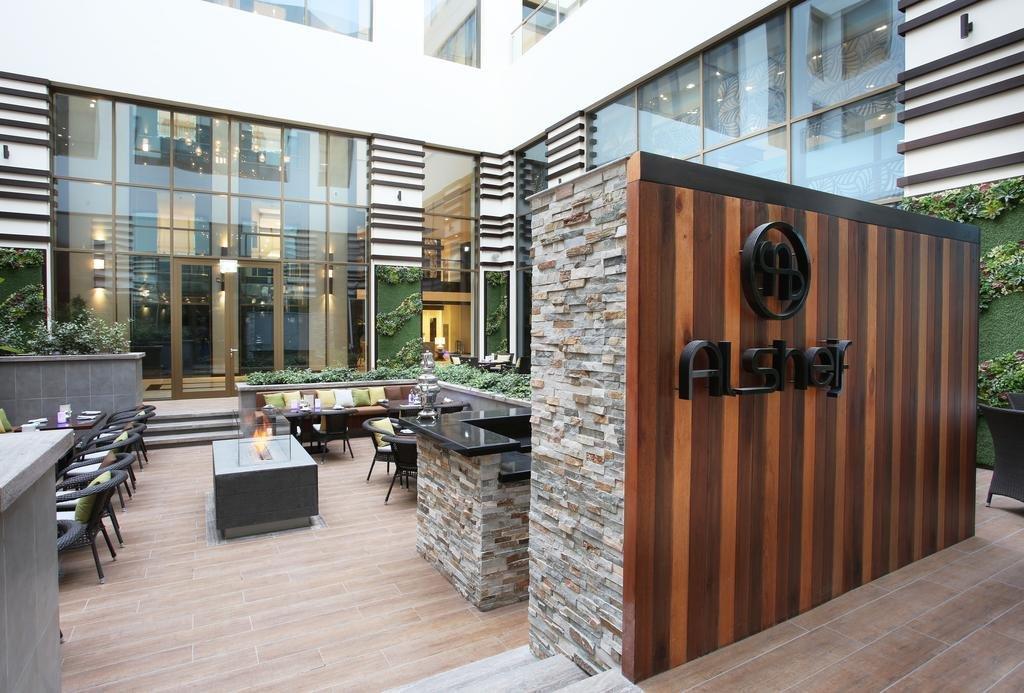 Metropolitan Hotel - 23