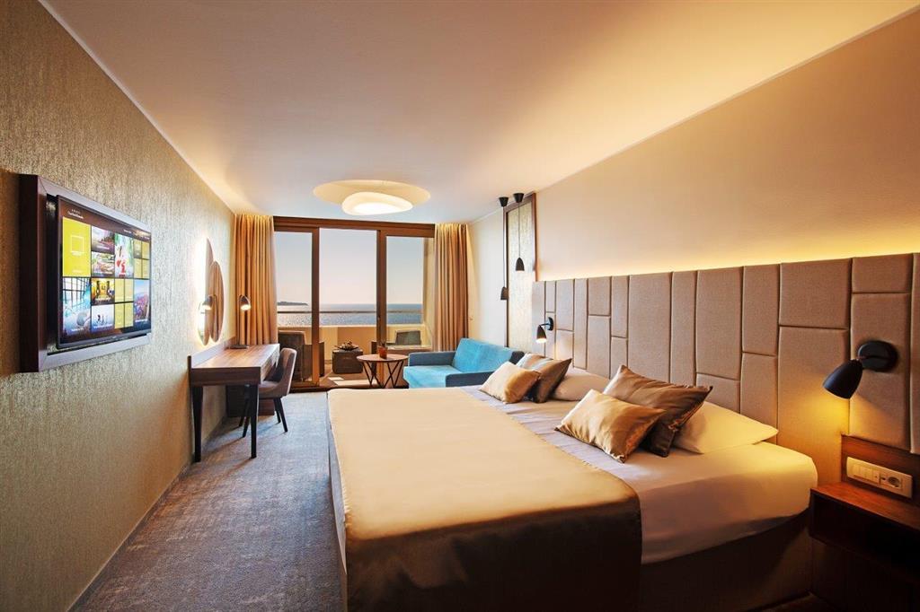 Grand Hotel Bernardin - 8