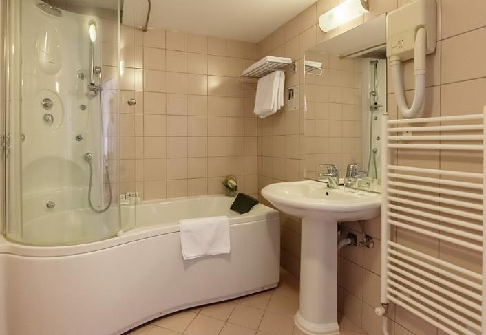 Hotel Jezero - 39