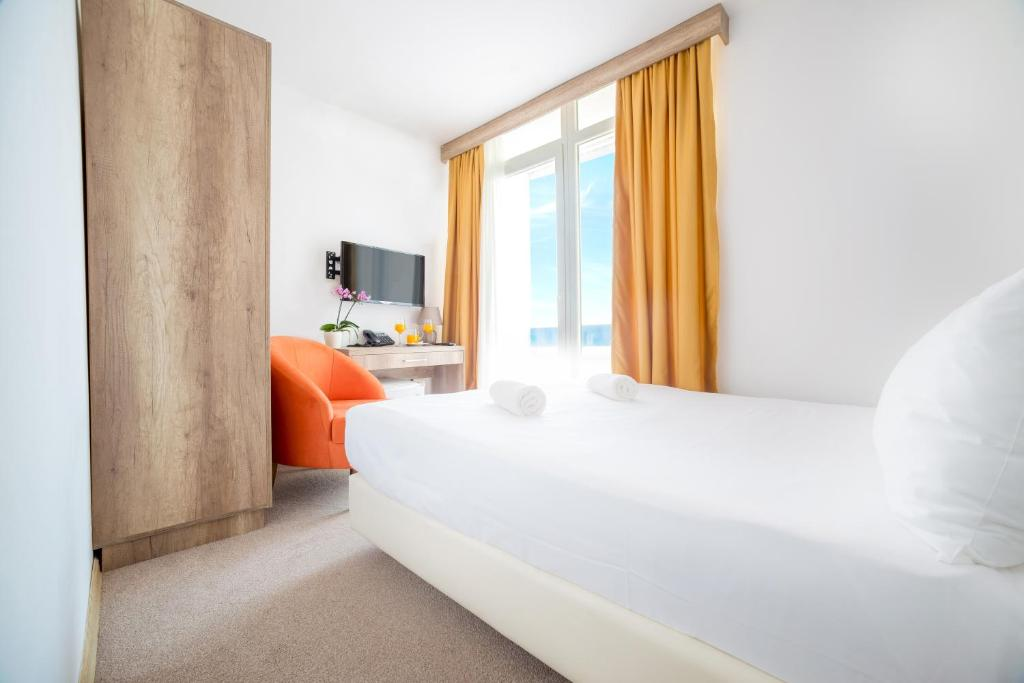 Azul Beach Resort Montenegro - 4