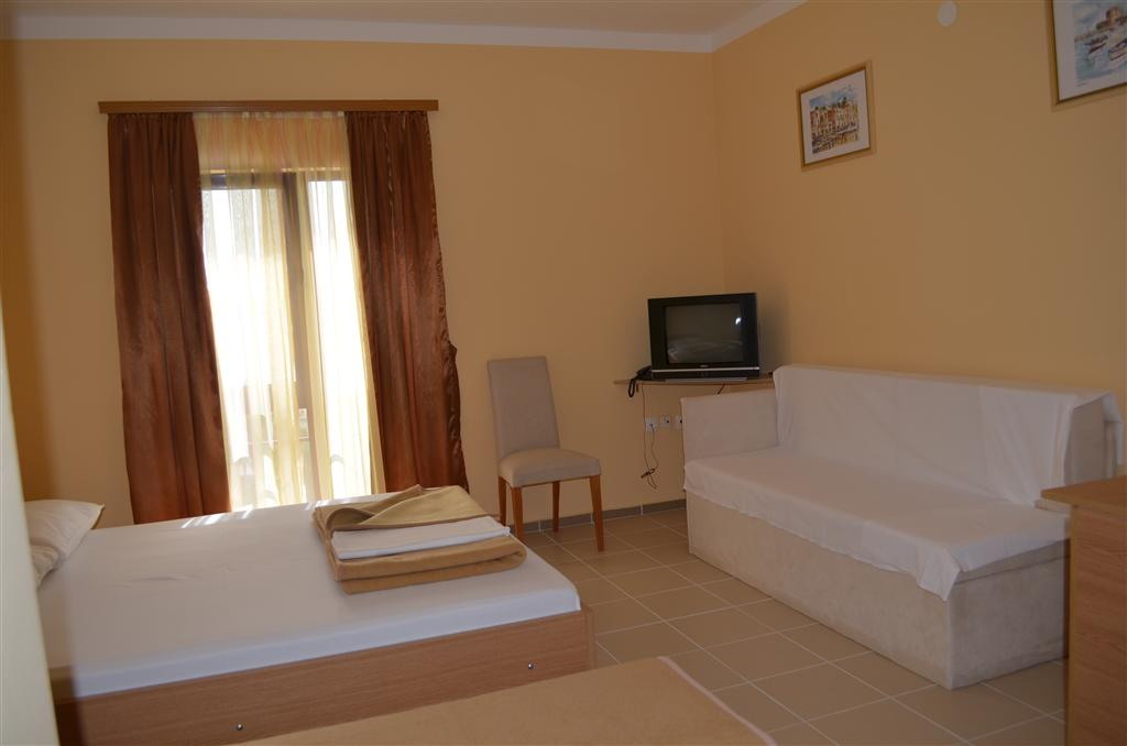 Hotel Zagreb a Villa Pinia polpenzia - 9
