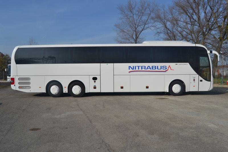Autobusová doprava do Sarti